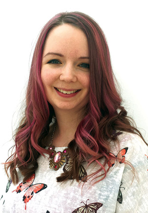 Chloe Menage - jewellery and beadwork designer based in Hampshire