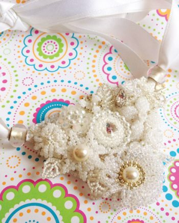 Frosty Bridal Collar
