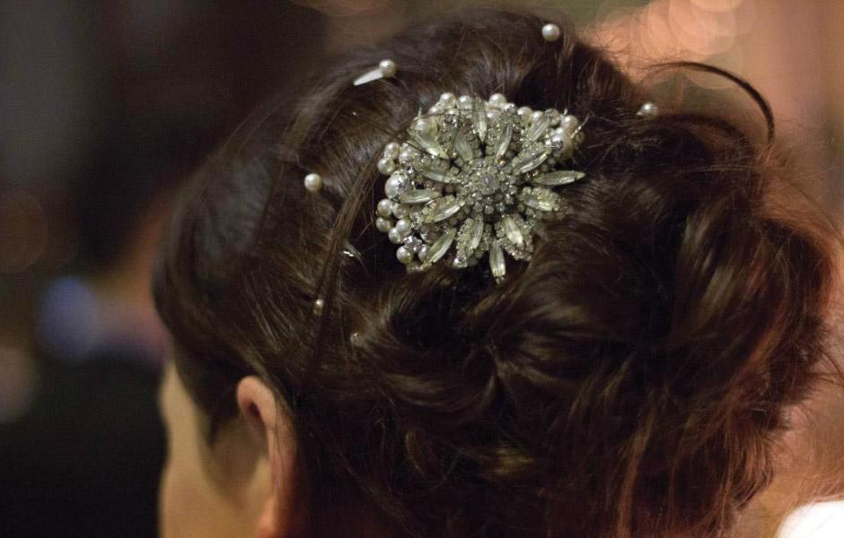 Vintage brooch hair comb