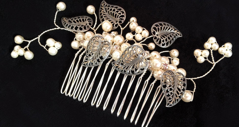 Vintage style leafy hair comb