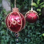 Christmas baubles workshop