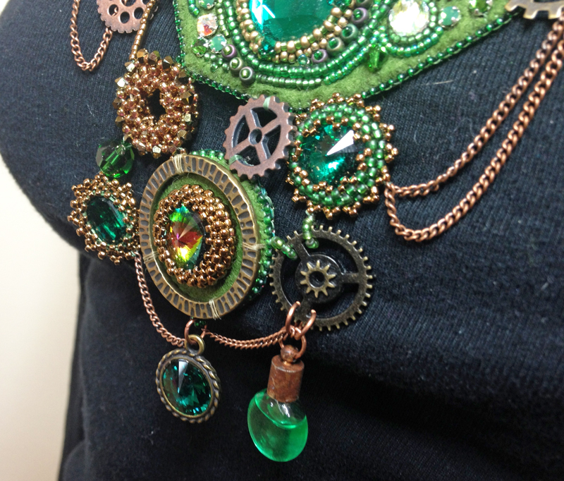 Emerald City necklace close up