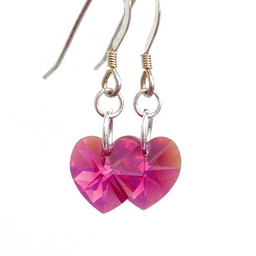 earrings-heart-fuchsia