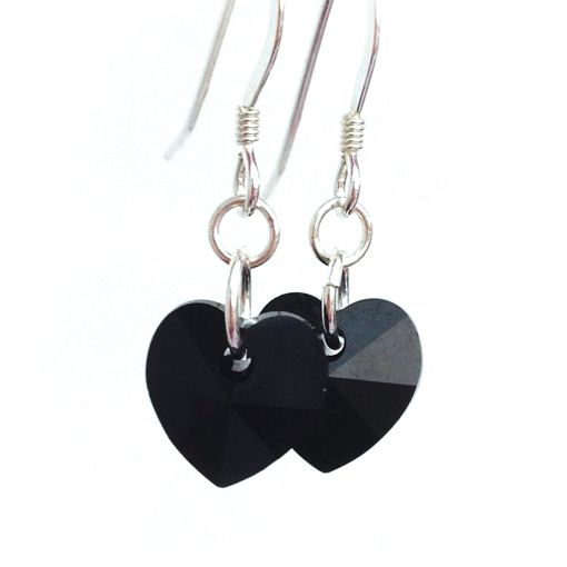 earrings-heart-jet