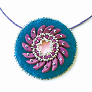 Catherine Wheel Pendant Pattern