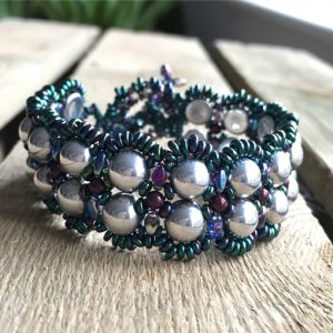Amorini Bracelet in peacock colourway