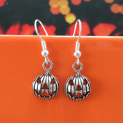 Jack-o-lantern pumpkin earrings for halloween - handmade jewellery by Chloe Menage
