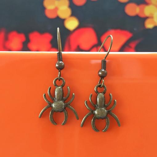 Handmade spooky spider halloween earrings - by Chloe Menage