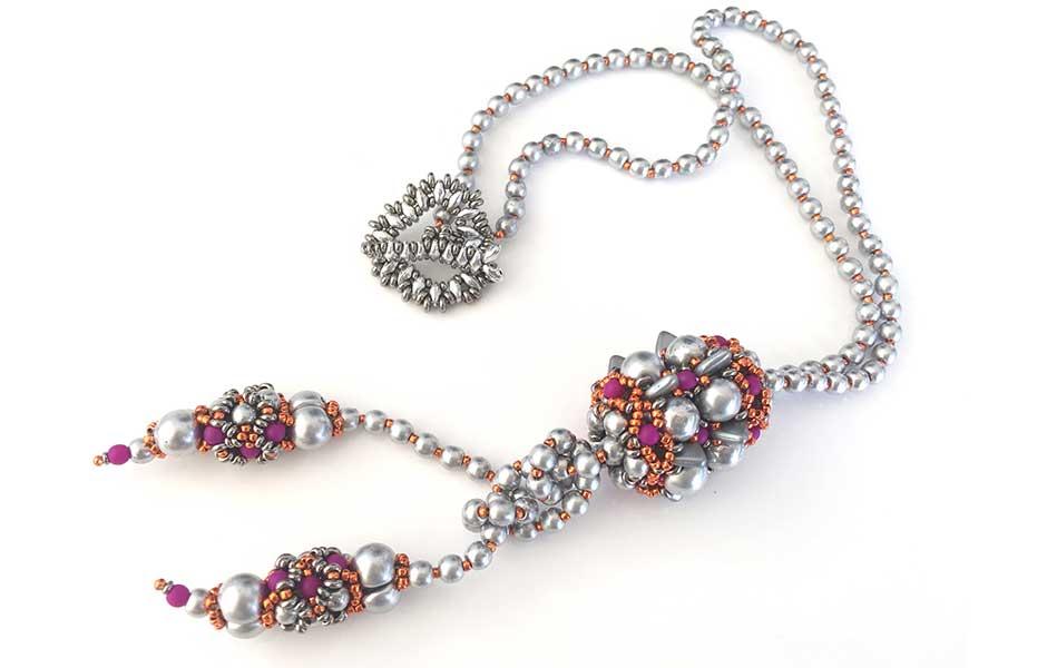 Jewels of Davros lariat workshop with Chloe Menage